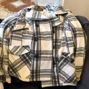 Women's pea coat gently used, worn one season